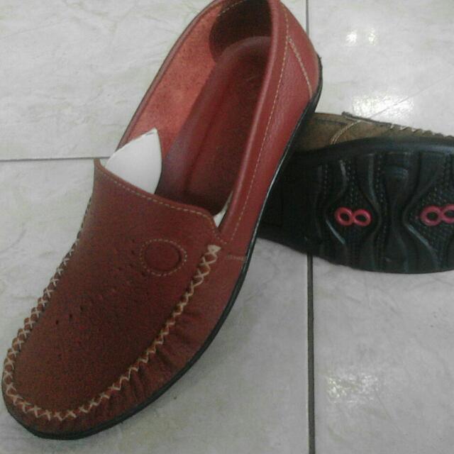 Flat Shoes Wanita Moccasin Merk Goodboy