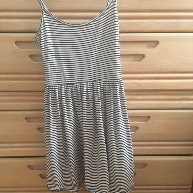 Forever 21 black and white striped babydoll dress