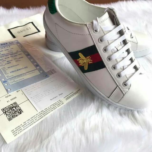 5b64bdd6958 GUCCI New Ace Bee-Embroidered Leather Trainers