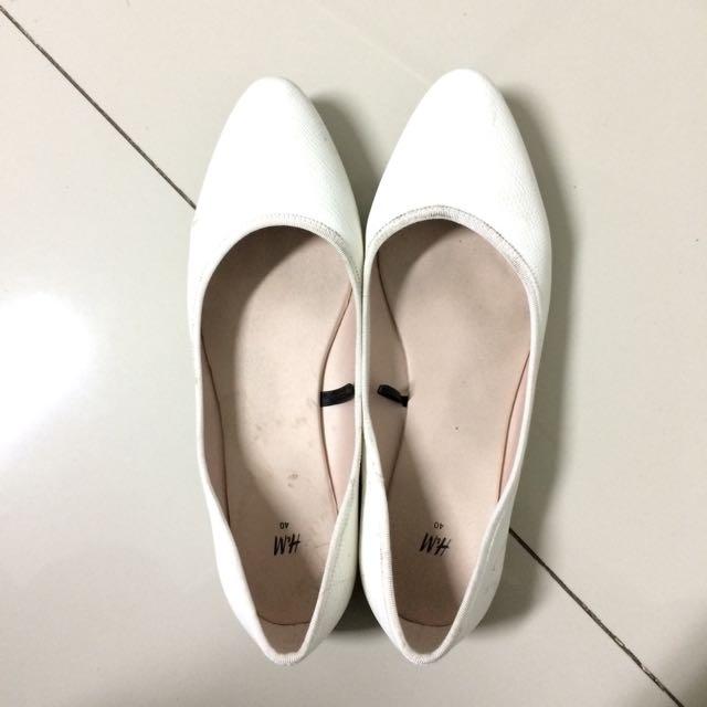 H&M White Flatshoes