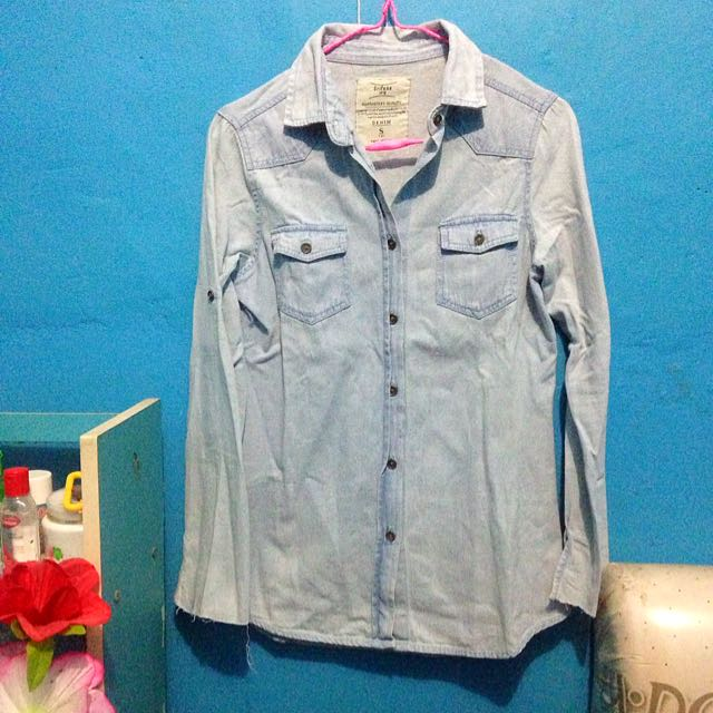 kemeja denim soft blue