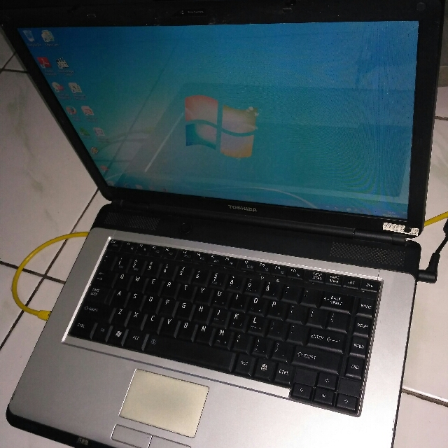 laptop toshiba satelite l300