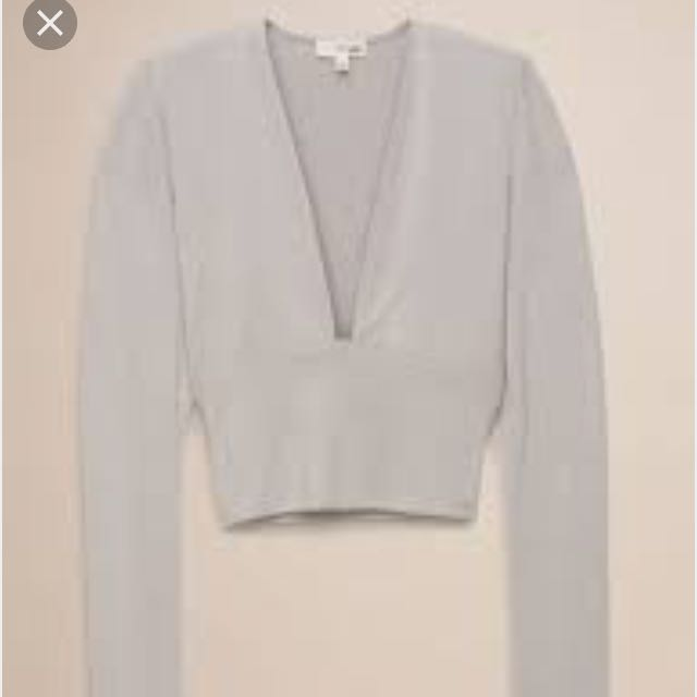 Looking For: Aritzia Wilfred Free Brigitte T Shirt