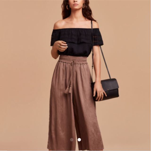 Looking For: Aritzia Wilfred Free Nanterre Pants