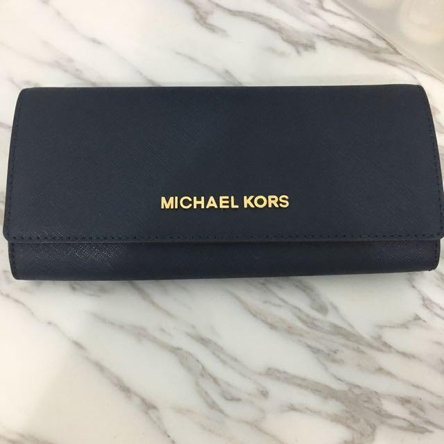 Michael Kors 深藍色長夾