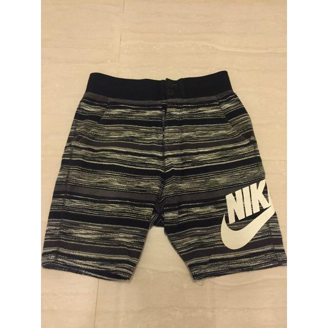 Nike 雪花 休閒短褲 S號
