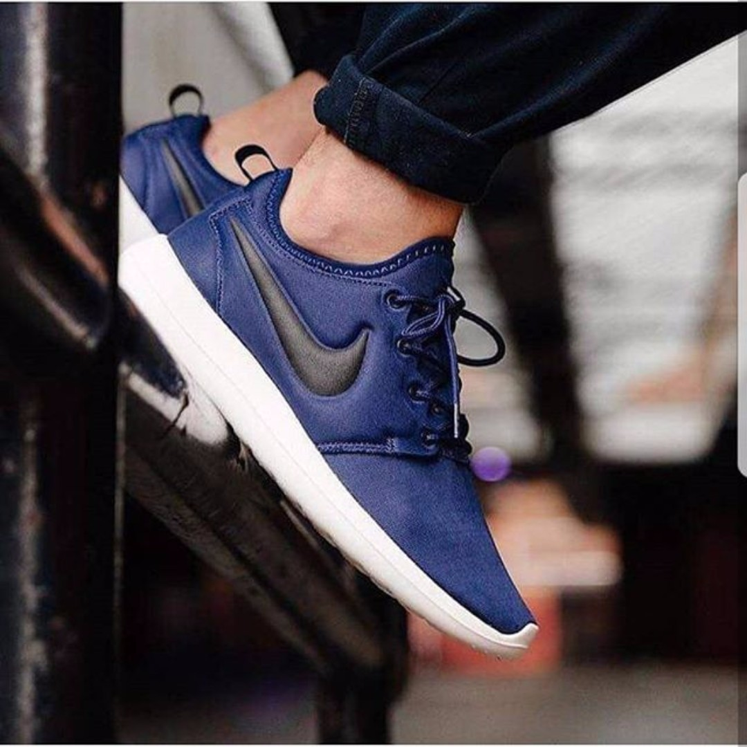 a9ba9455d9b2 Nike Roshe Two Navy