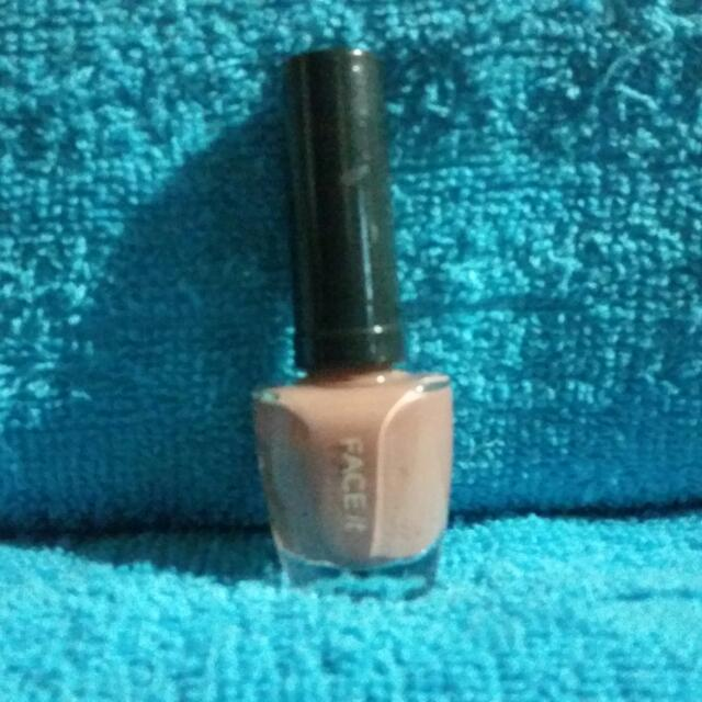 Pre-loved Original The Face Shop Face it Nail Lacquer in PP402