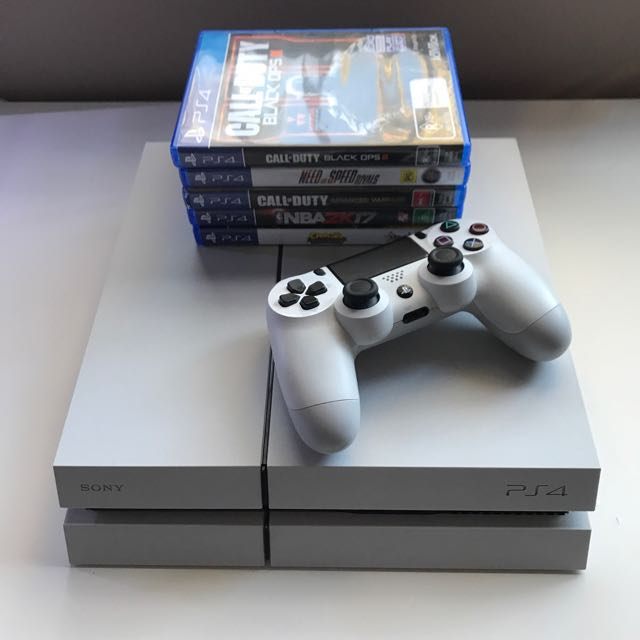 PS4 White With Controller And Games