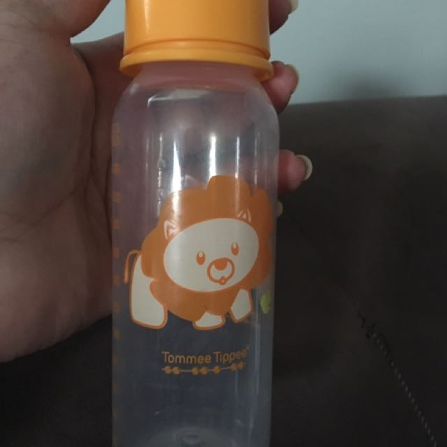 Pump And Tommee Tippee Bottles