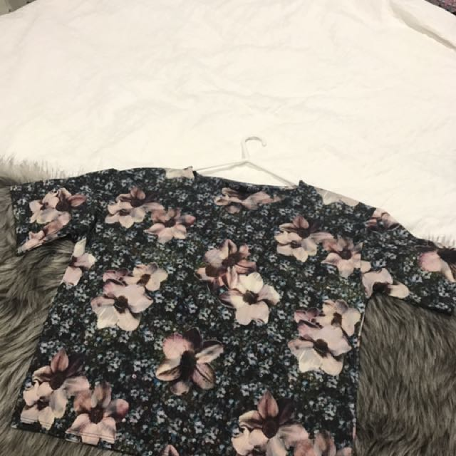 Top shop Floral Top Size 6