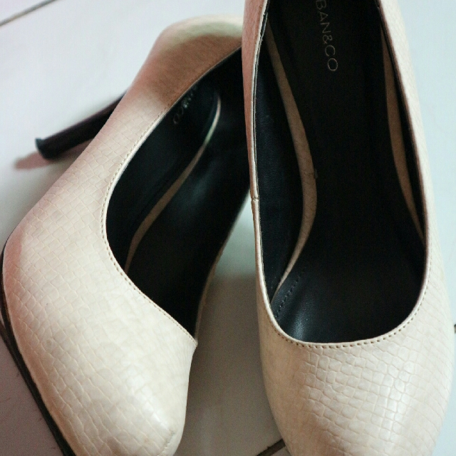 Urban & Co Heels Shoes