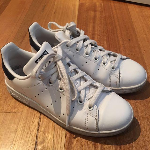US 5 Adidas Stan Smith (Navy)