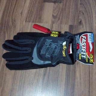 Authentic FastFit Mechanix Glove