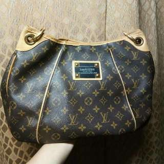Auth. Lv Galliera Pm