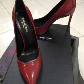 Authentic Ysl Escarpin Pump In Red Patent leather