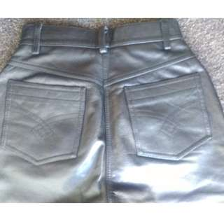 Leather pant size10