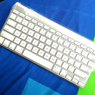 Apple Wireless Keyboard 2009 For Mobile (A1314)
