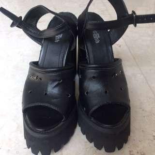 Sepatu Gosh 1x Pakai