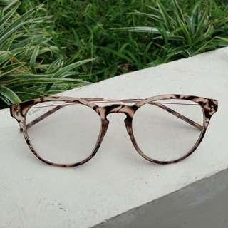 FREEONGKIR Kacamata