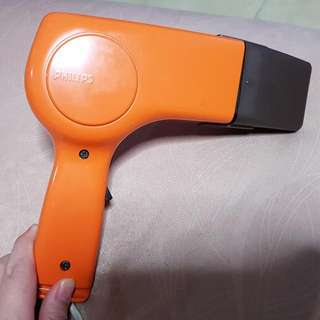 Philips Old School Retro Hairdryer