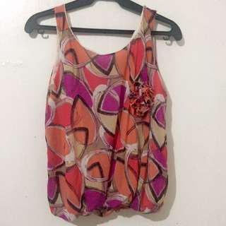 Artsy Top With Flower Brooch