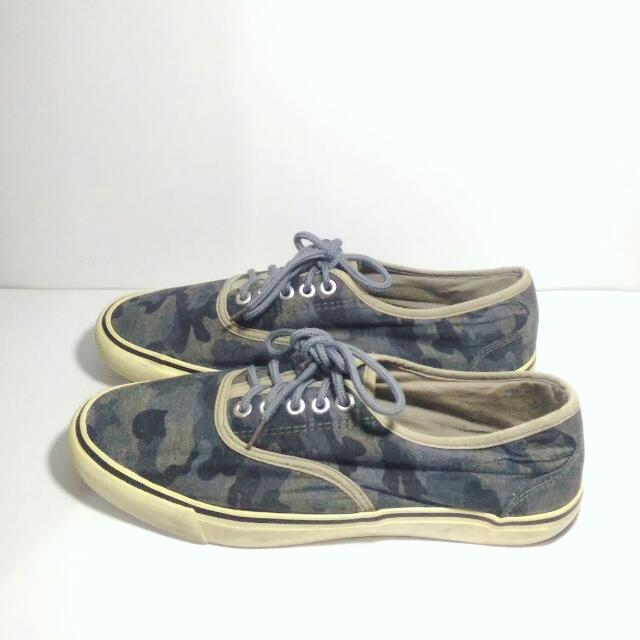(41) SPAO Navy Camouflage Sneakers