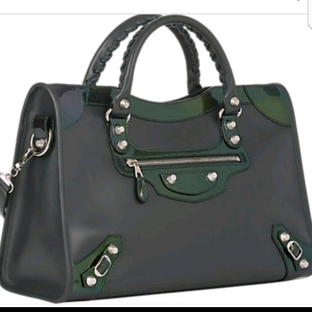 59c89f2eb2 Balenciaga Holiday City Giant Studs 12 Large Bag in Matte Calfskin ...