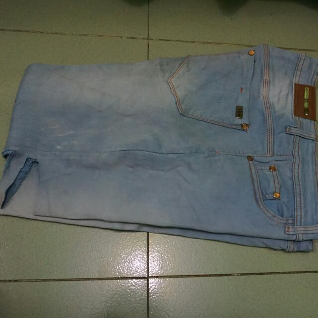 Celana Denim Skyblue