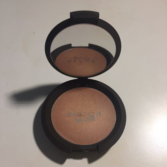Champagne Pop - Shimmering Skin Perfector Creme