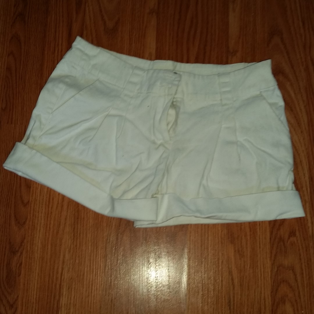 Cute White Shorts Sz. SM