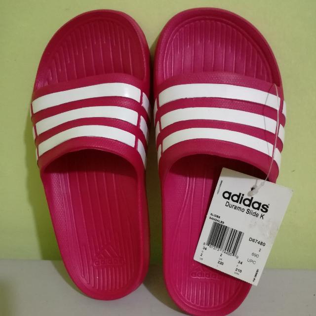 Adidas Duramo Slides Size 5