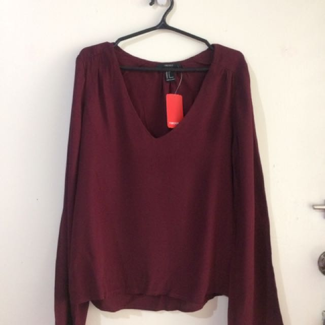 F21 bell sleeved Top