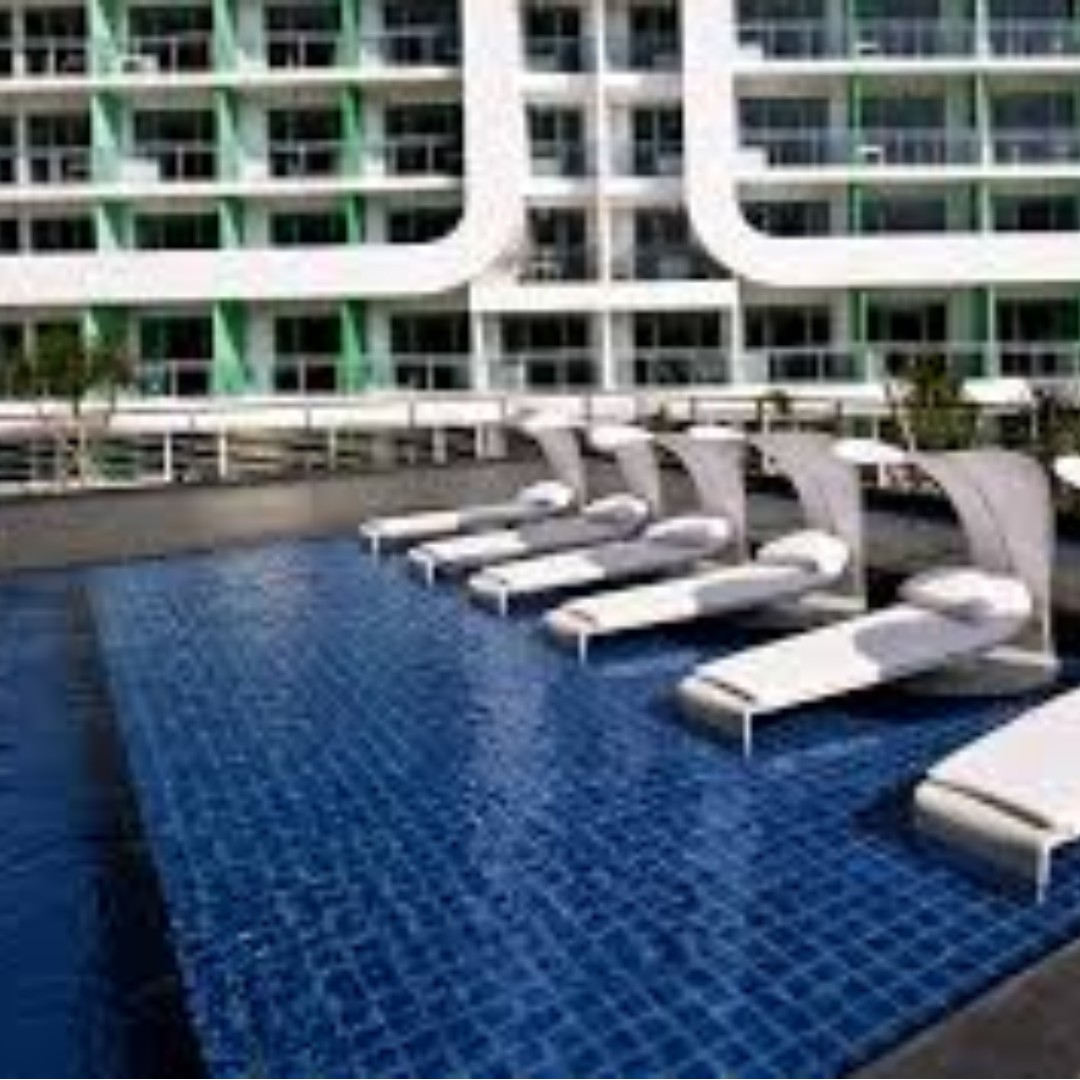 FOR SALE! 2 Bedroom-unit with parking at AZURE Urban Residences