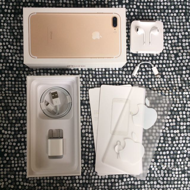 IPHONE ACCESSORIES (GOLD)