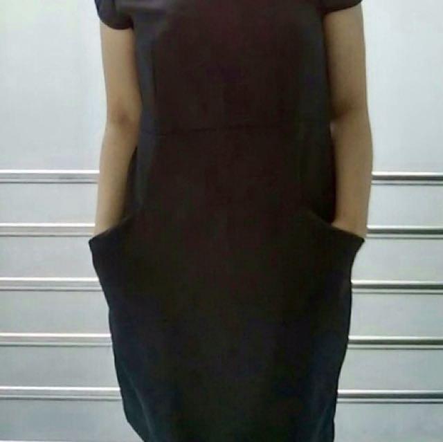 Midi Dress Hitam Wanita