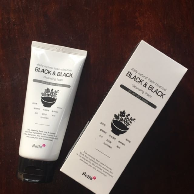 🌟SALE🌟BLACK & BLACK CLEANSING FOAM made In korea