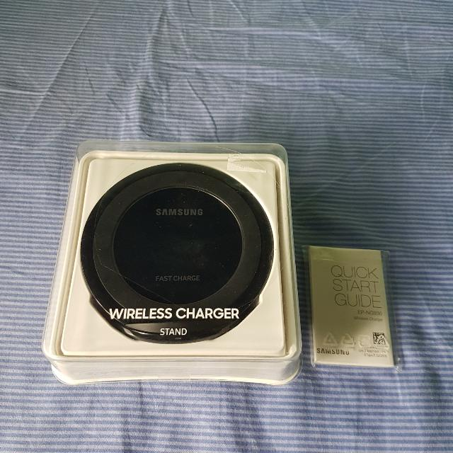 Samsung Wireless Charger (Authentic And In Good Condition)