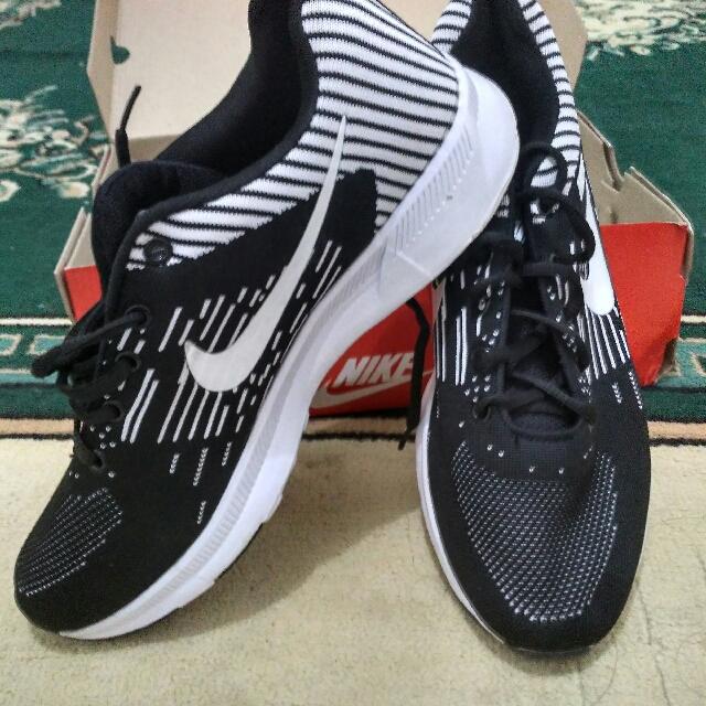 Sepatu Nike Not Ori