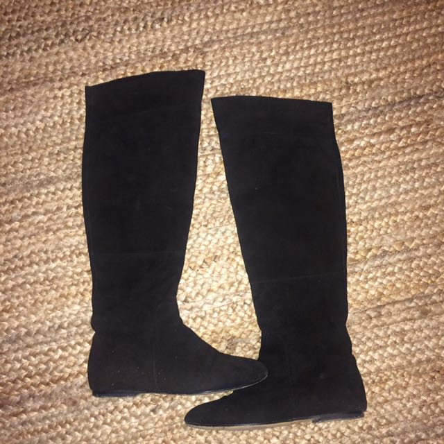 TONY BIANCO SUEDE BOOTS Size 7