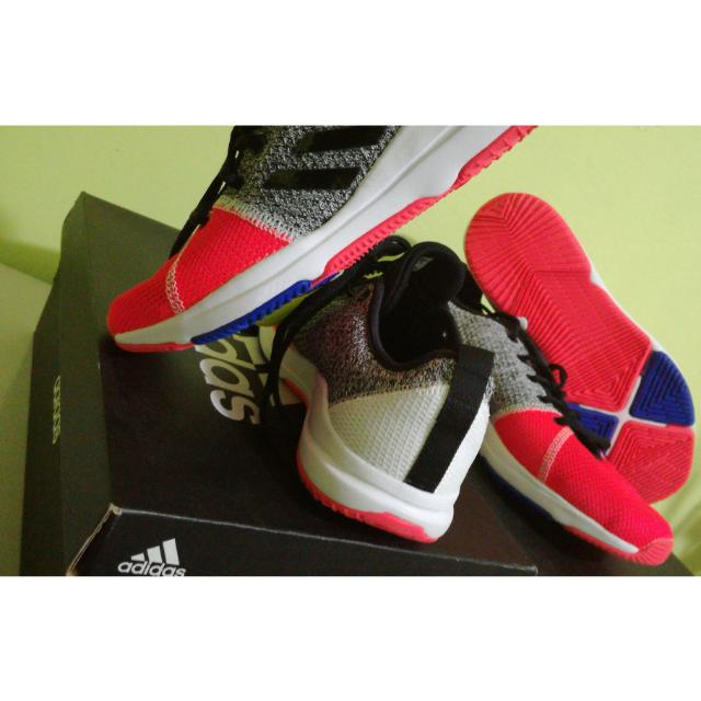 TRAINER/WALKING  6.5 Adidas ARIANNA Cloudfoam AQ6386