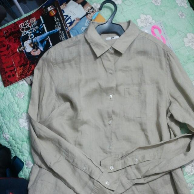 UNIQLO buttoned down Long sleeves