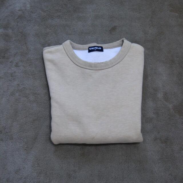 Uniqlo Sweater Krem