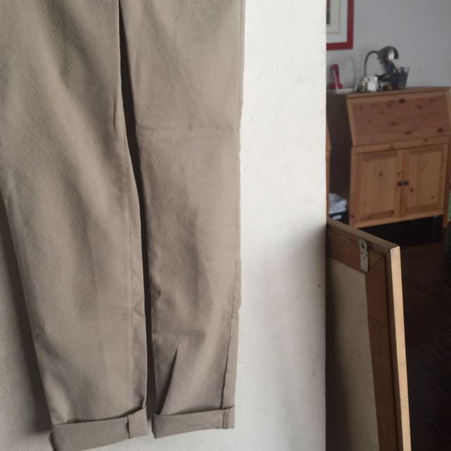 Uniqloo pants