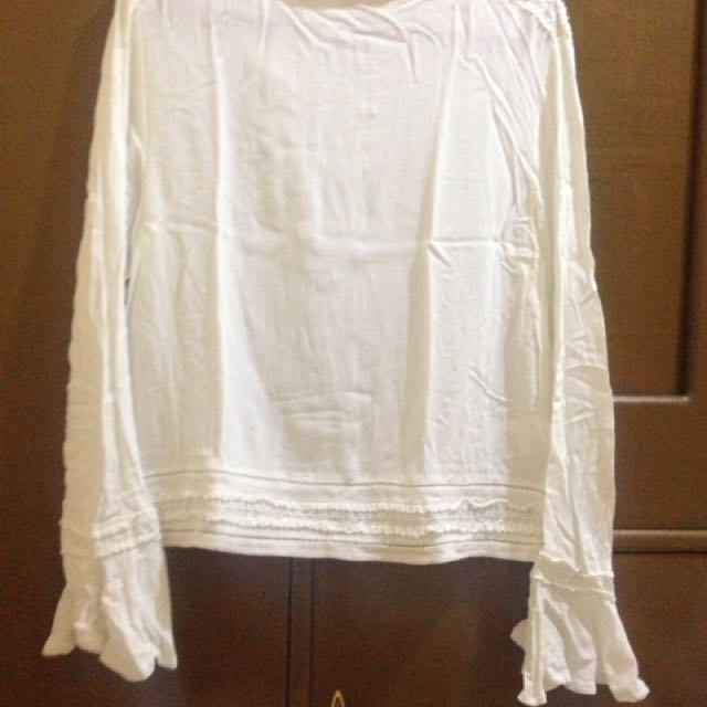 white bell top
