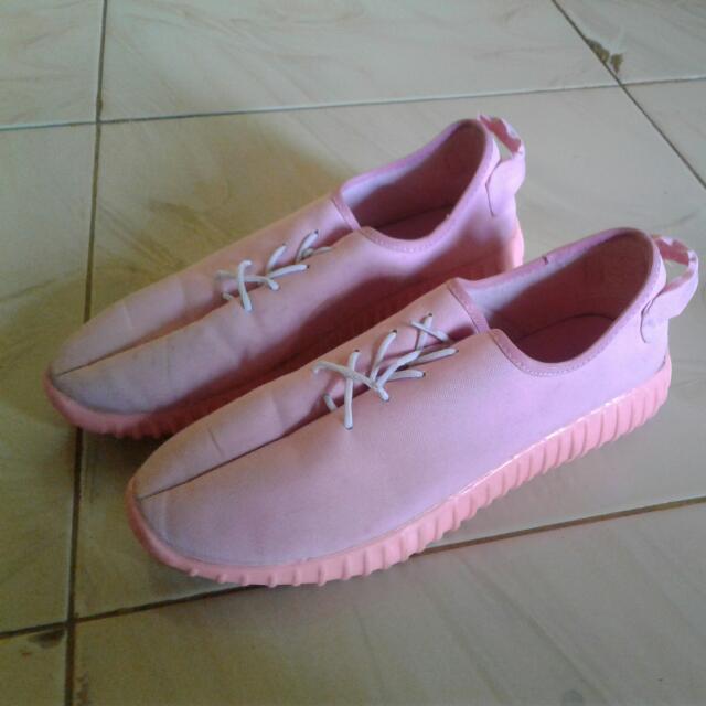 Yezzy Pink