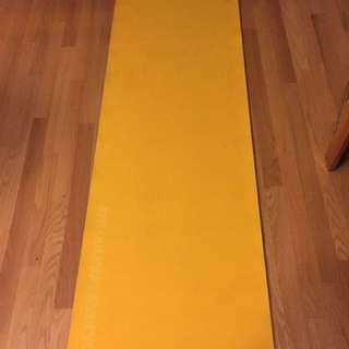 Lolë Yoga Mat