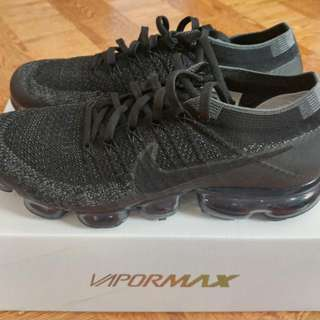 BRAND NEW Nike Vapormax Triple Black Size 9.5