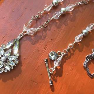 Uniquely Handcrafted Sparkly Glass Necklace