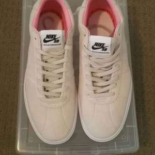 Nike SB Quarter Snacks Size 9.5